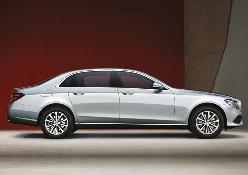 Mercedes E Class Right