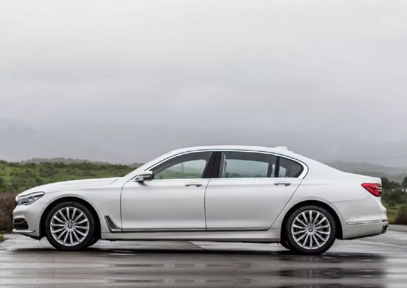 BMW 7 Series on rent