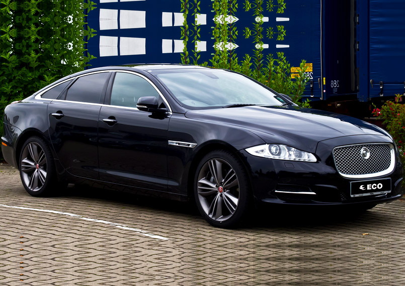 Jaguar XJL on rent