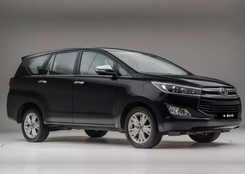 Toyota Innova Crysta Front Product Imgs 2